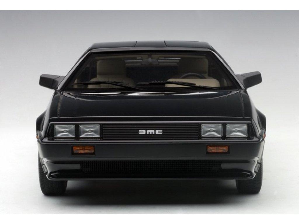 1:18 AUTOart DeLorean DMC-12 1981 черный металлик