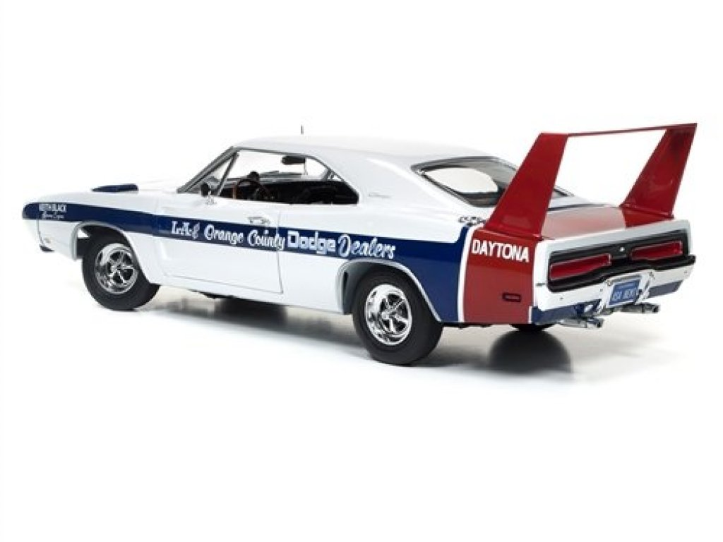 1:18 Auto World Dodge Daytona 1969 LA & Orange Country Dodge Dealers