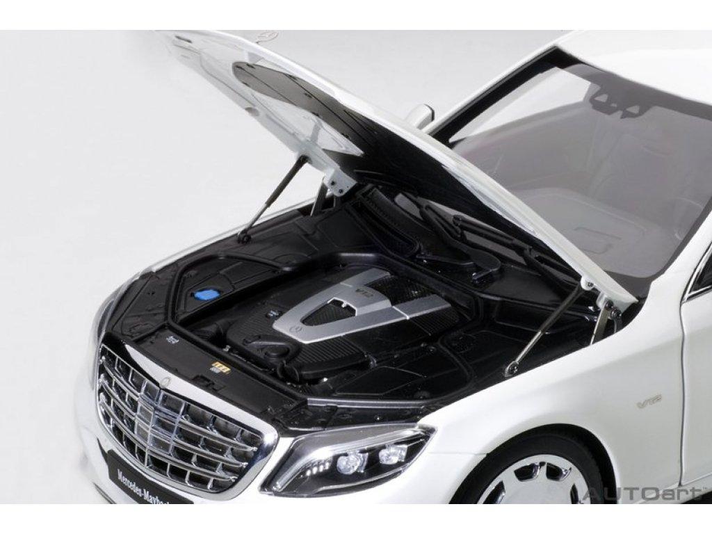 1:18 AUTOart Mercedes-Maybach S600 Pullmann 2016 VV222 (W222) белый