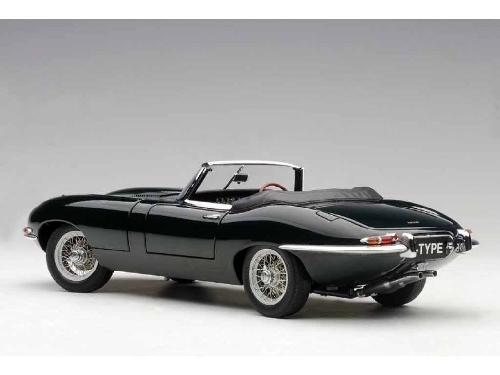 1:18 AUTOart Jaguar E-Type Roadster Series I 3.8 RHD зеленый