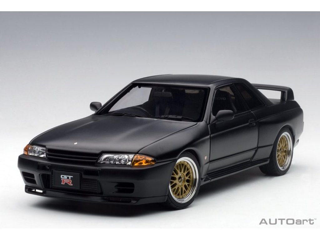1:18 AUTOart Nissan Skyline GT-R (R32) Tuned version матовый черный