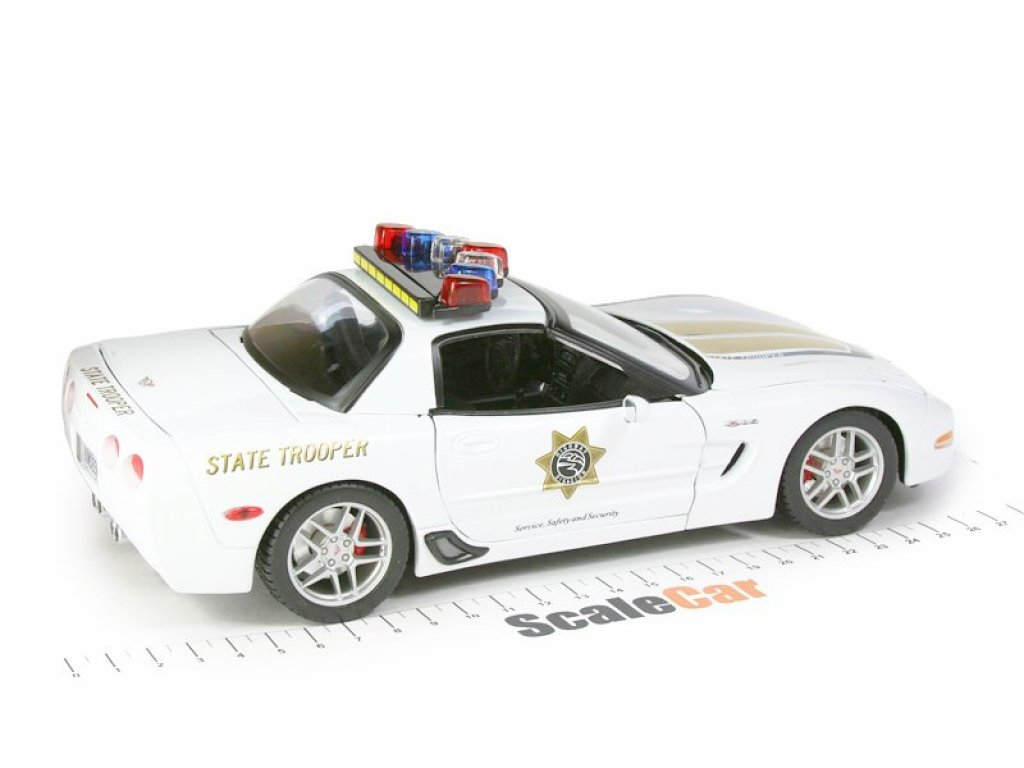 1:18 Maisto Chevrolet Corvette Z06 Polce 2011 Полиция