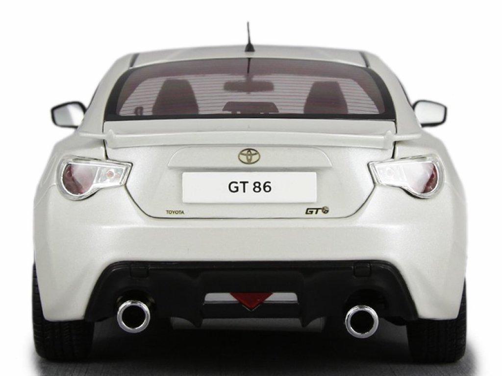 1:18 Century Dragon Toyota GT86 2014 satin white pearl белый перламутр