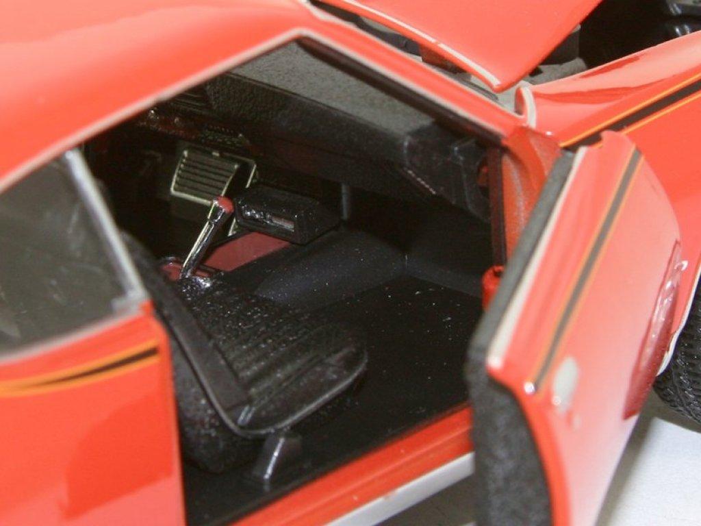 1:24 Welly Pontiac GTO 1969 оранжевый