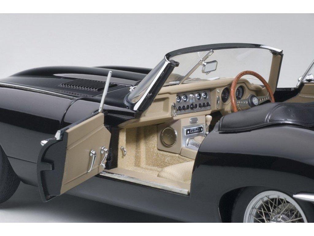 1:18 AUTOart Jaguar E-Type Roadster Series I 3.8 черный