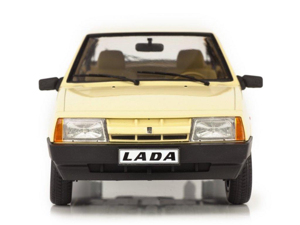 1:18 Premium Scale Models ВАЗ-2108 Lada Samara бежевый