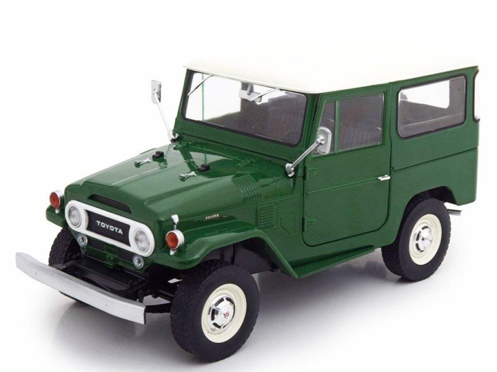 1:18 IXO Toyota Land Cruiser FJ40 1967 зеленый с белым