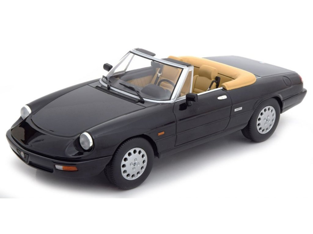 1:18 KK Scale Alfa Romeo Spider 4 1990 черный