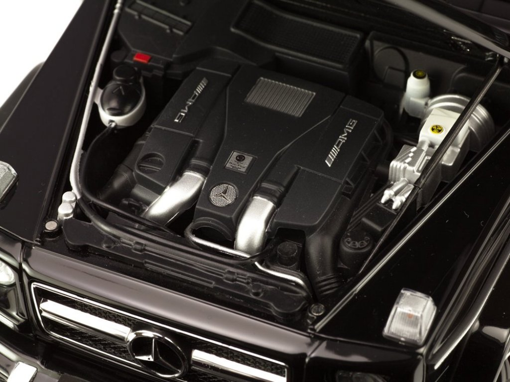 1:18 AUTOart Mercedes-AMG G63 2017 W463 черный