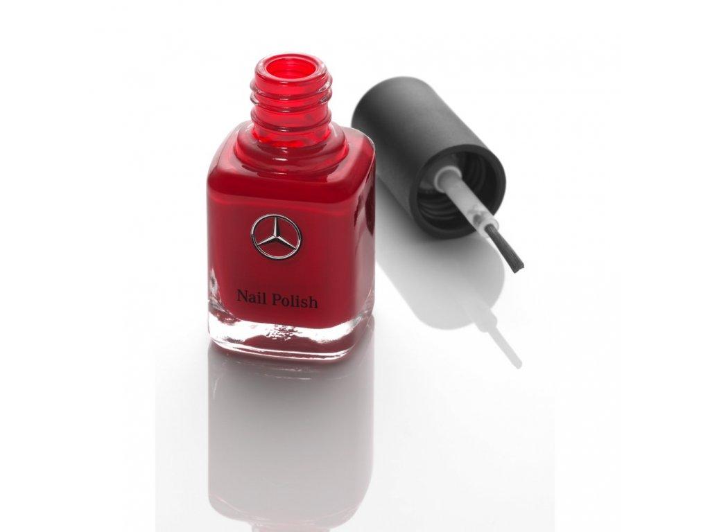 Mercedes Accessories Женский лак для ногтей цвета Красный Юпитер с серебристой звездой Mercedes на флаконе