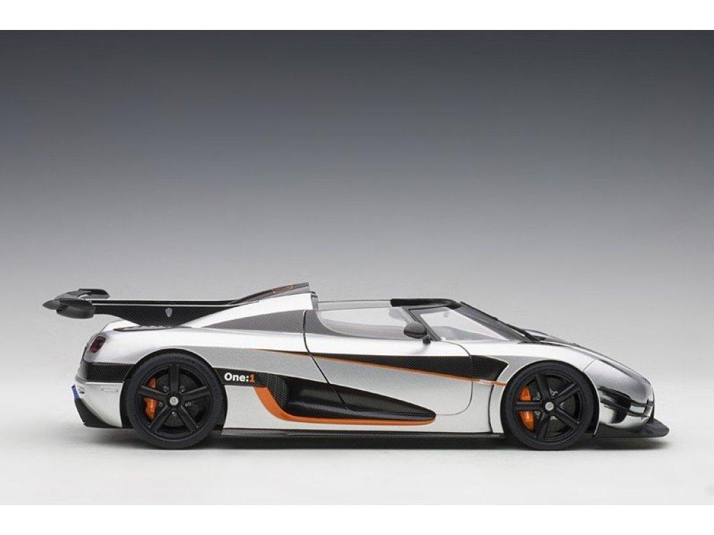 1:18 AUTOart Koenigsegg One:1 2014 серый с карбоновой отделкой и оранжевым