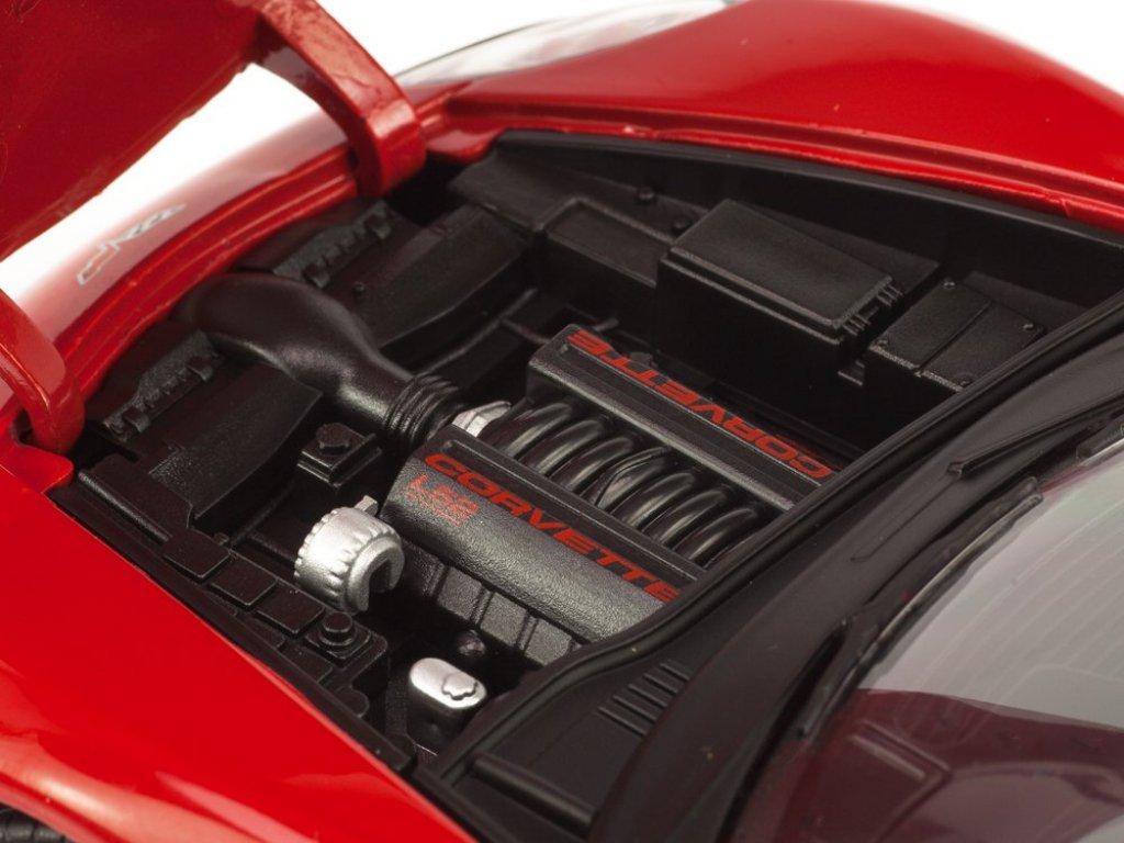 1:24 GreenLight Chevrolet Corvette Coupe C5 2005 красный