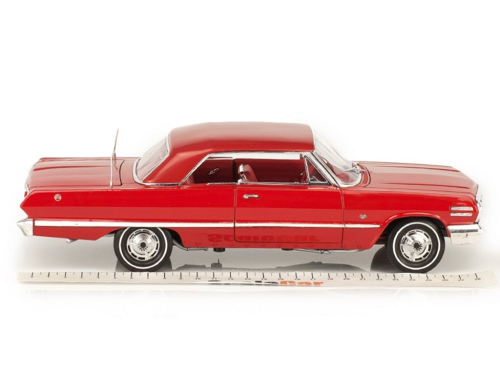 1:18 Welly Chevrolet Impala Hard Top 1963 красный
