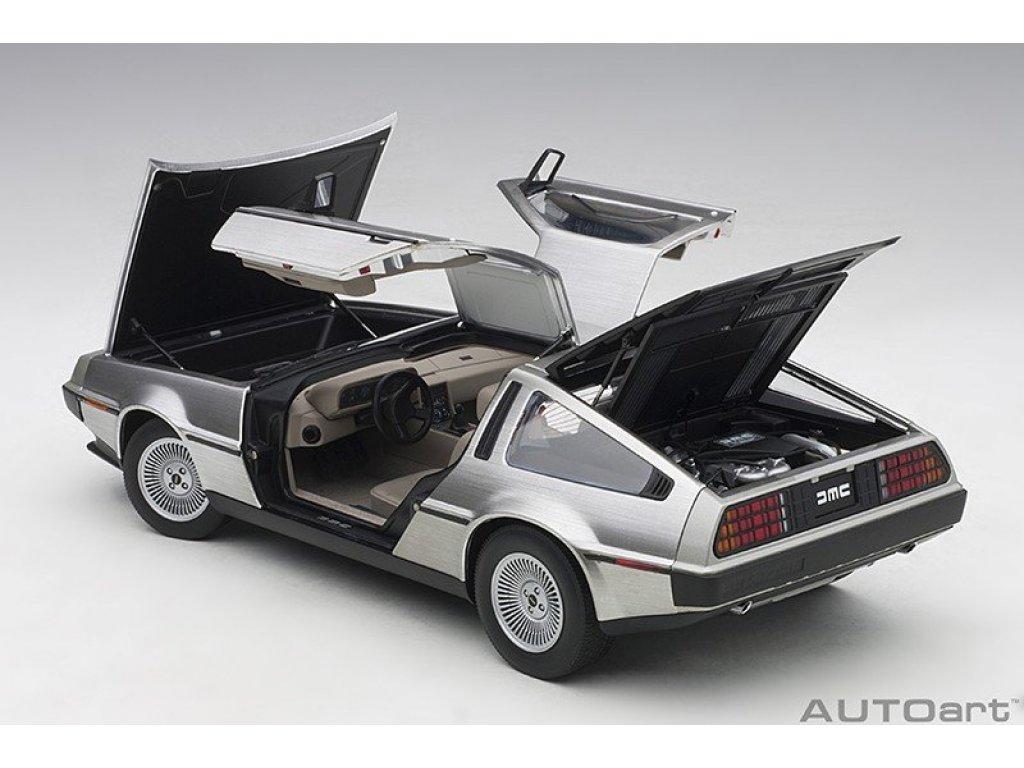 1:18 AUTOart DeLorean DMC-12 1981 полированный алюминий