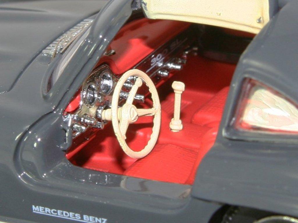 1:43 Schuco Mercedes-Benz 300 SL Coupe W198 1954 graphit (Юбилейный 125 лет)