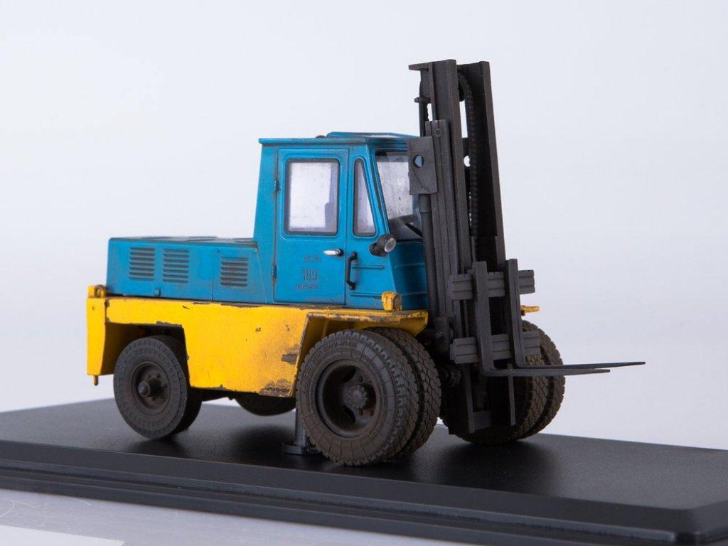 1:43 ModelPro Львовский автопогрузчик АП-4014 со следами эксплуатации желтый с синим