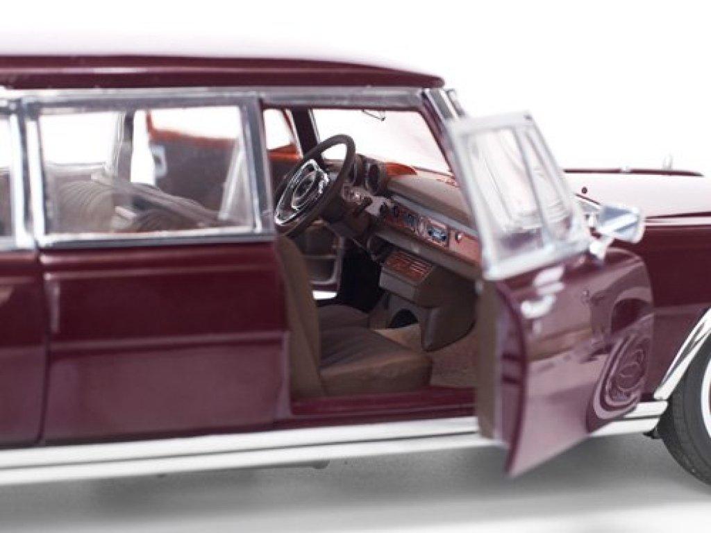1:18 Sunstar Mercedes-Benz 600 Limousine (W100) 1966 бордовый