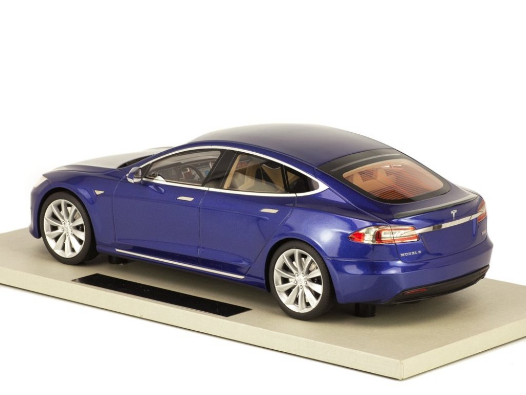 1:18 LS Collectibles Tesla Model S Facelift 2016 синий