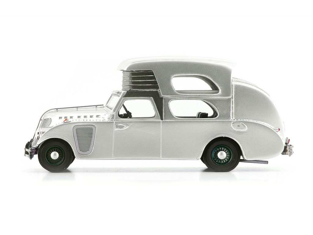 1:43 AutoCult Thompson House Car USA 1934 серебристый