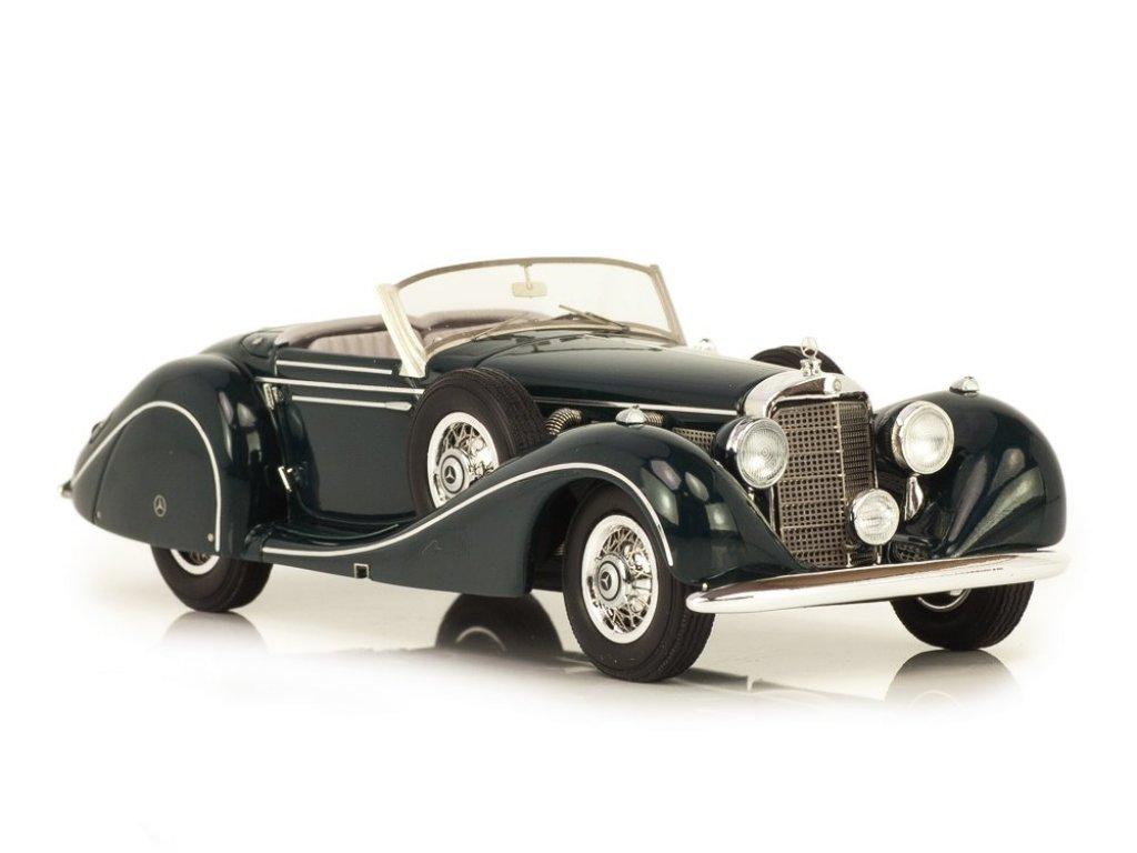 1:43 Matrix Mercedes-Benz 540K W29 Spezialroadster Sindelfingen #421987 1939 темно-зеленый