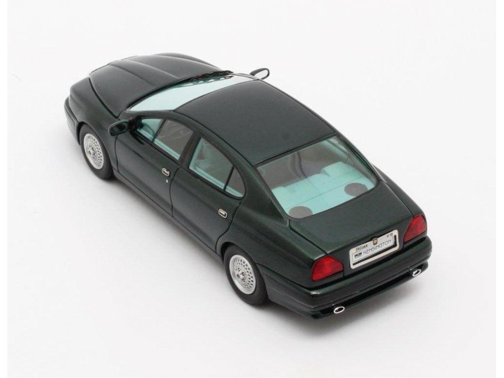 1:43 Matrix Jaguar V12 Kensington Italdesign concept 1990 зеленый