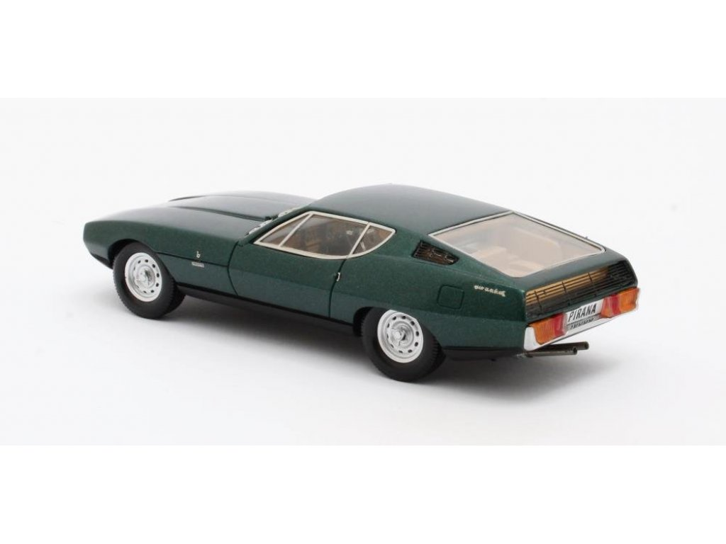 1:43 Matrix Jaguar Pirana Bertone 1967 зеленый