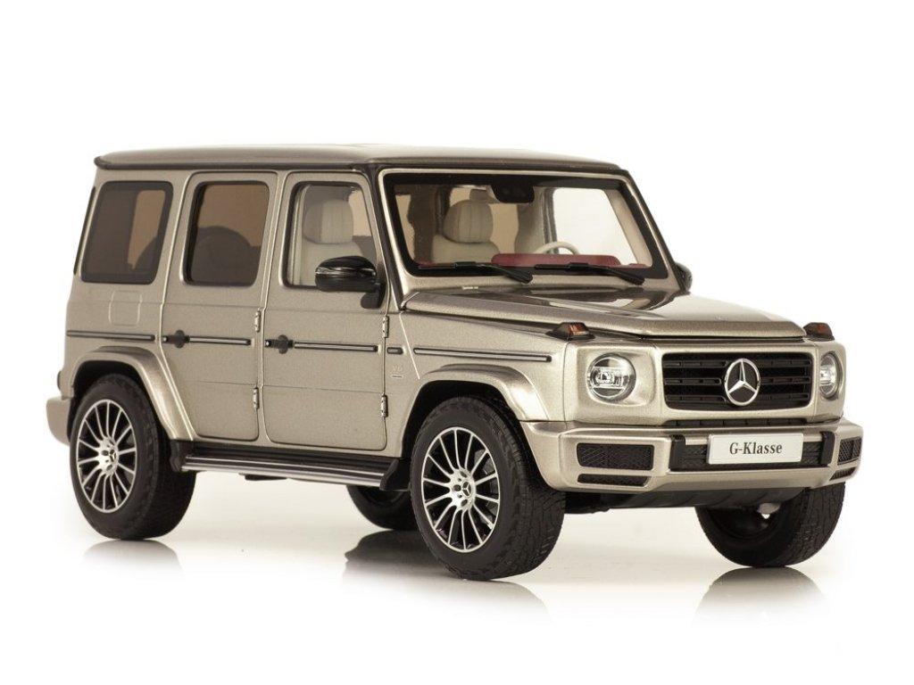 1:18 Minichamps Mercedes-Benz G500 2019 (W463 II) Stronger Than Time. Cпециальное издание к 40-летию G-class. Серебристый мохаве.