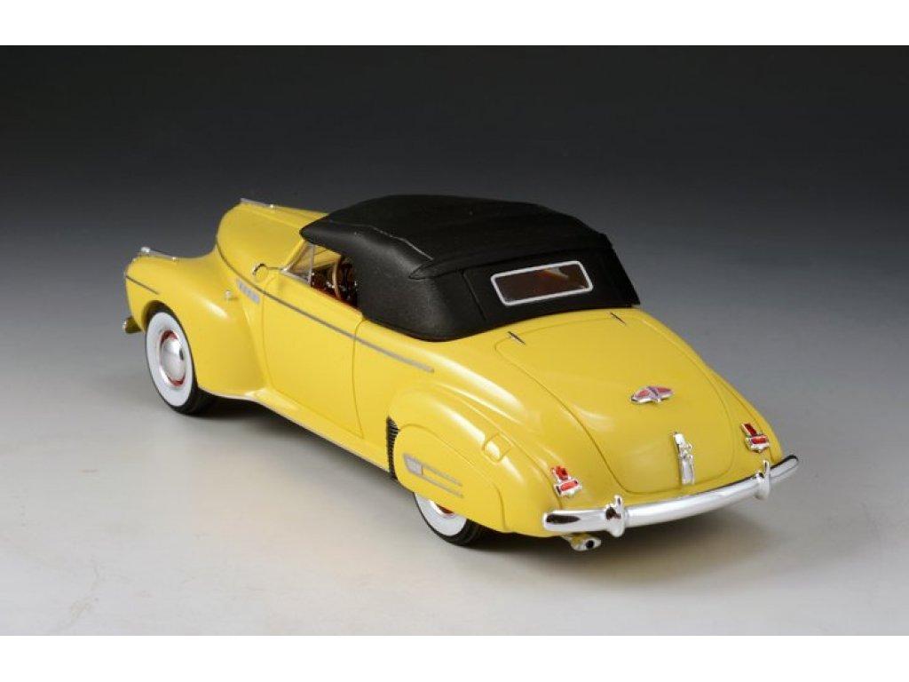 1:43 GLM Buick Roadmaster Convertible 76C (закрытый) 1941 желтый