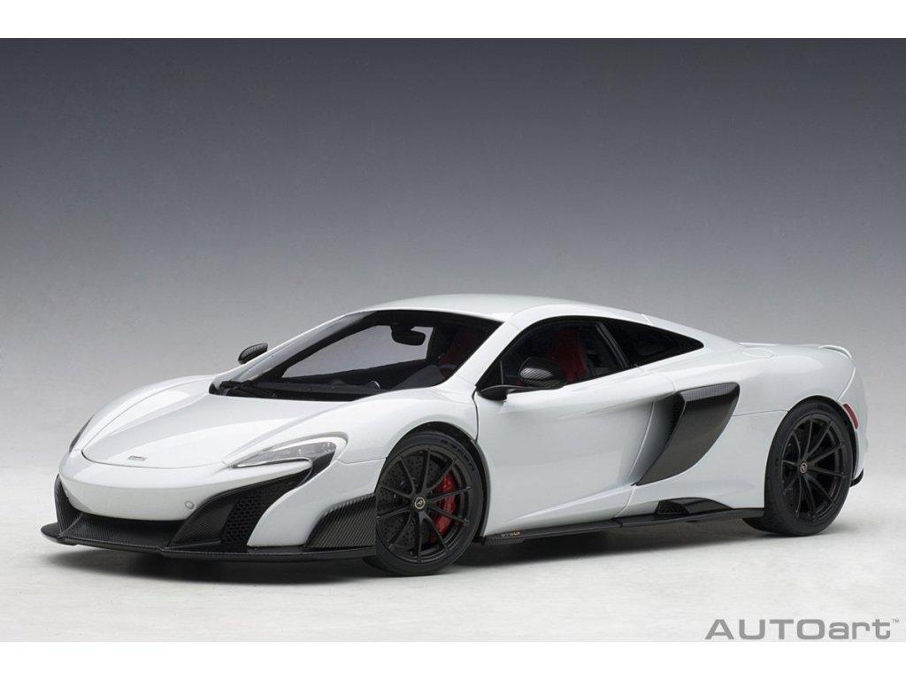 1:18 AUTOart McLaren 675LT белый