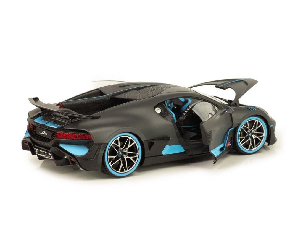1:18 BBurago Bugatti Divo 2018 матовый черный с голубым