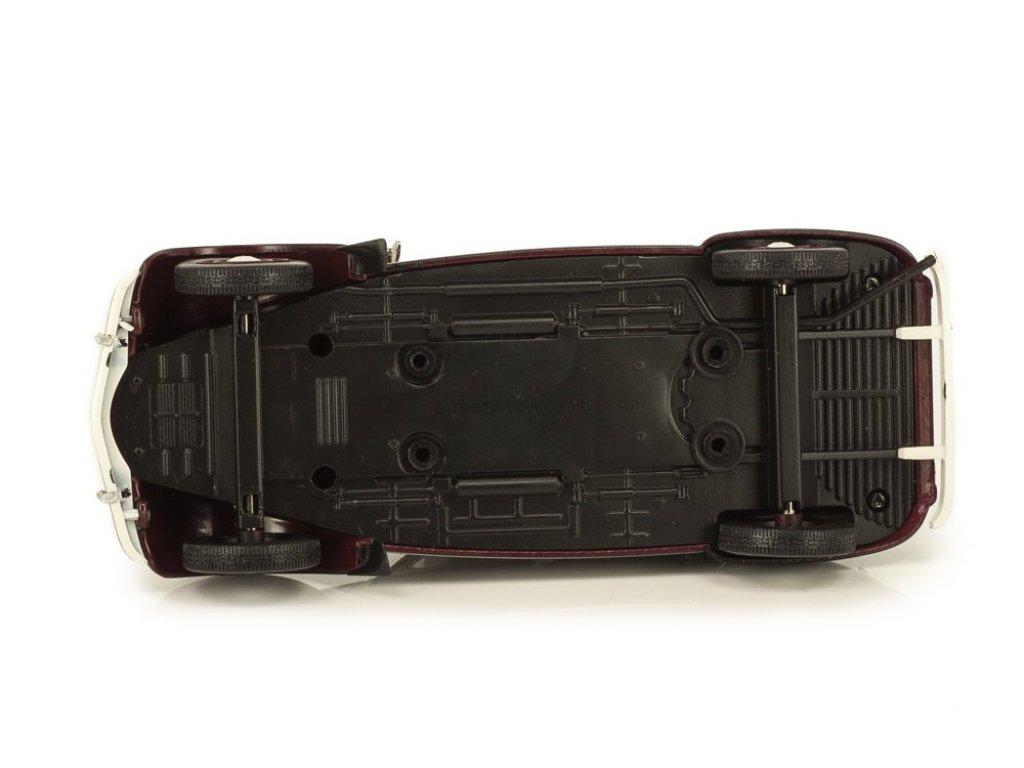 1:24 Altaya Citroen 2CV Charleston 1982 красный с черным