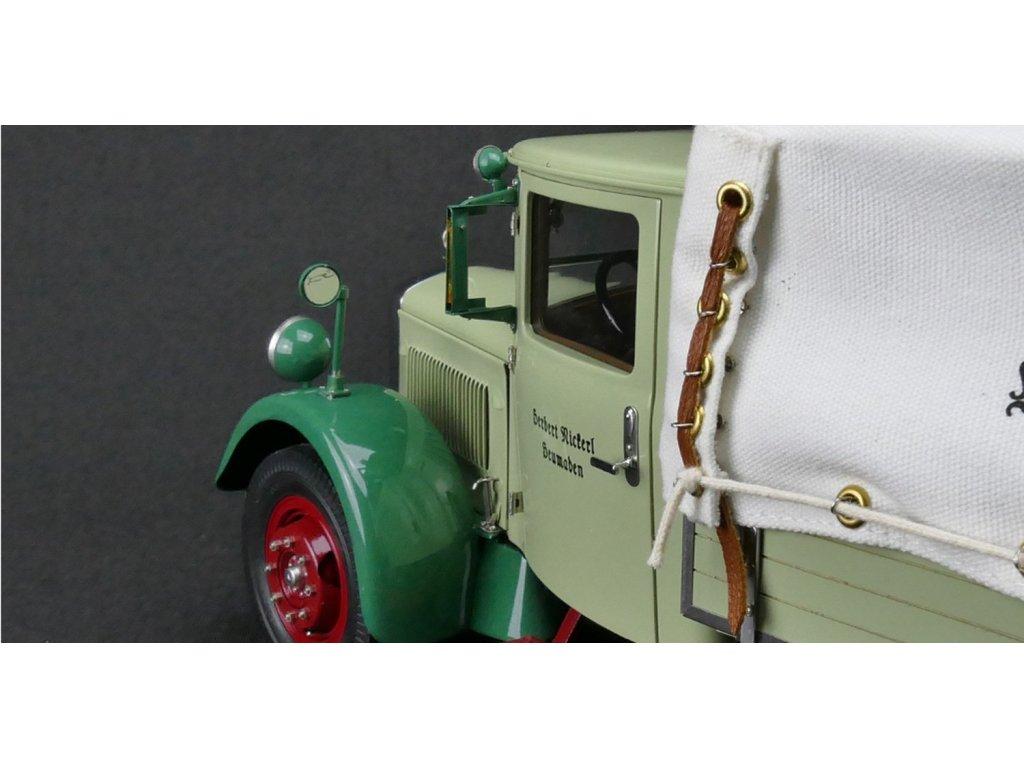 1:18 CMC Mercedes-Benz LO 2750, 1934-1938 бортовой, зеленый с бежевым тентом