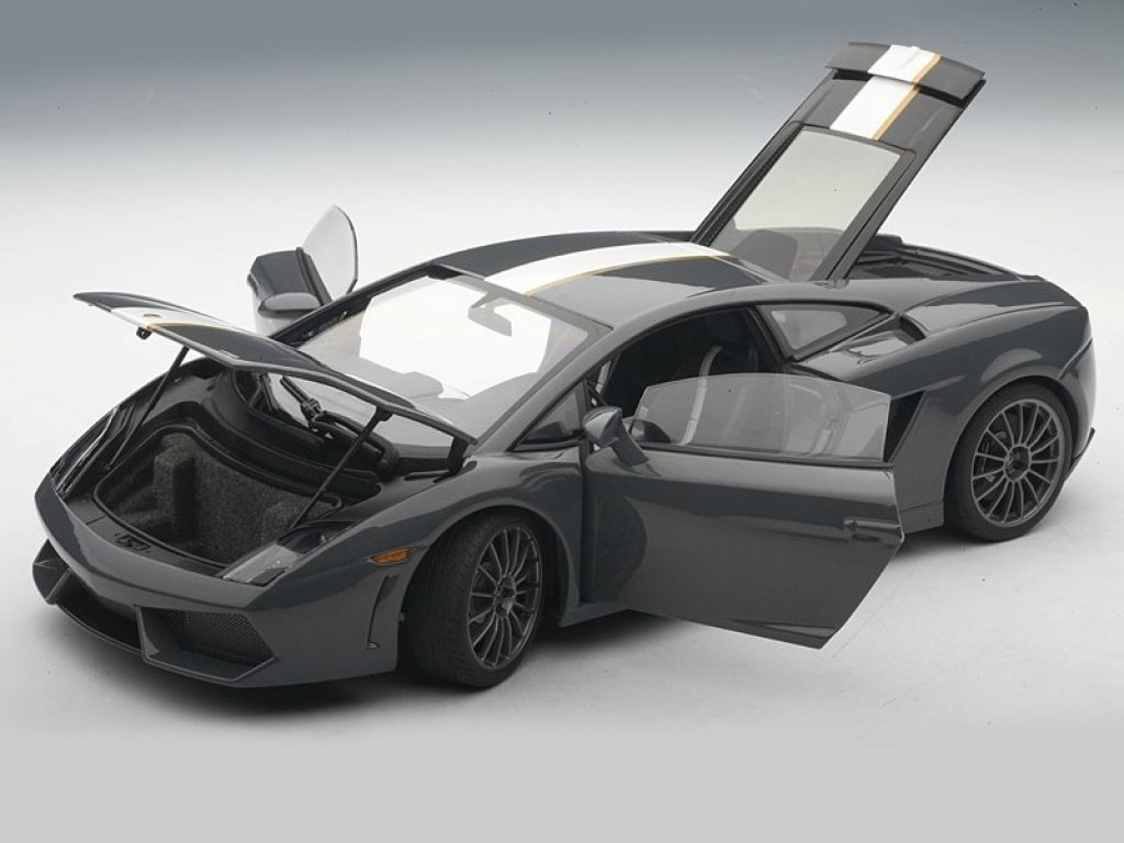 1:18 AUTOart Lamborghini GALLARDO LP550-2 VALENTINO BALBONI (GREY) 2009