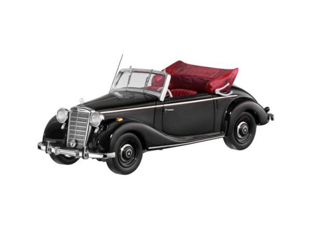 1:43 Spark Mercedes-Benz 170 S Cabriolet (W 136)