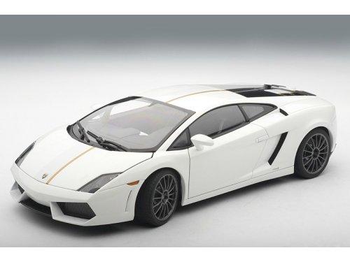 1:18 AUTOart Lamborghini GALLARDO LP550-2 VALENTINO BALBONI (WHITE) 2009