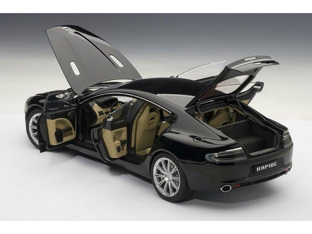 1:18 AUTOart Aston Martin RAPIDE 2010 (BLACK)